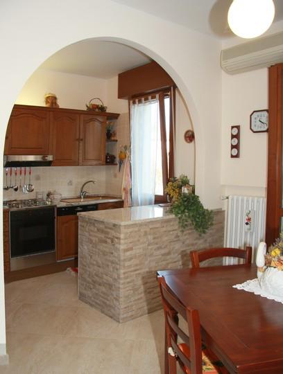 Gli archi trasformano l 39 appartamento archistudio832 - Archi in cucina ...